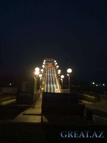 Qebelede Lunapark / Лунапарк в Габала