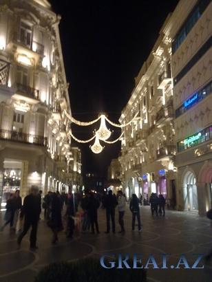 Новогодние огни города Баку / Bakida yeni ile hazirliq